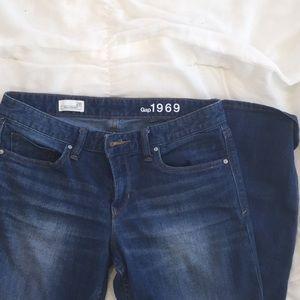 boyfriend Gap jeans
